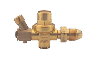 28 PSI Propane Gas Regulator for POL cylinder, Sievert 3099-73 - Sievert 3099-73 Propane Gas Regulator, 28 PSI. Inlet fits POL Propane / LPG cylinder. UL and CGA approved. Price/Each.